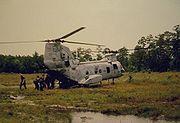 CH-46Chinookloading